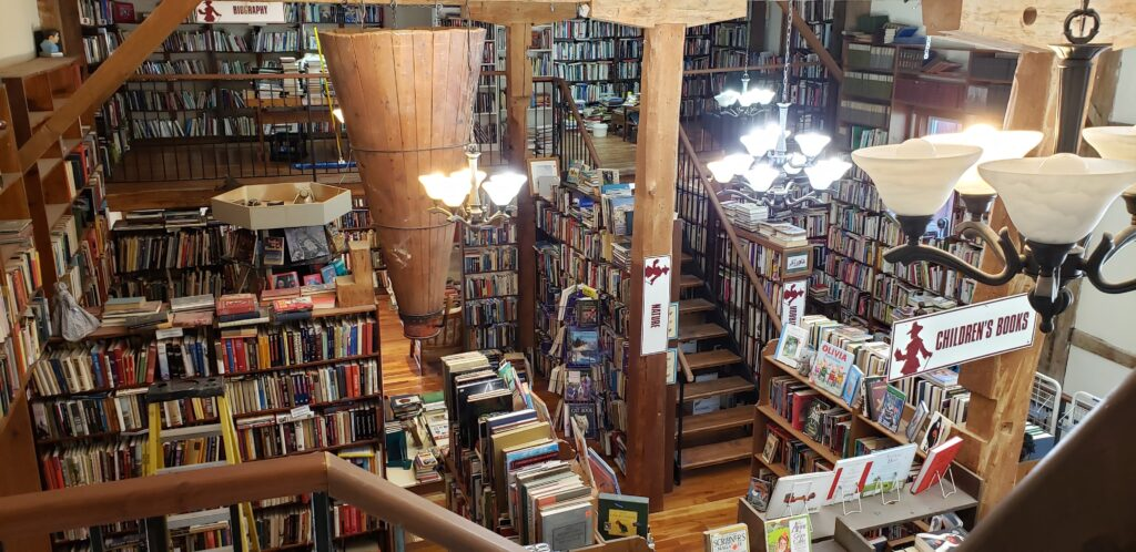 Great Books & Cafe, Williamsford, Ontario. Musings of Organized Chaos